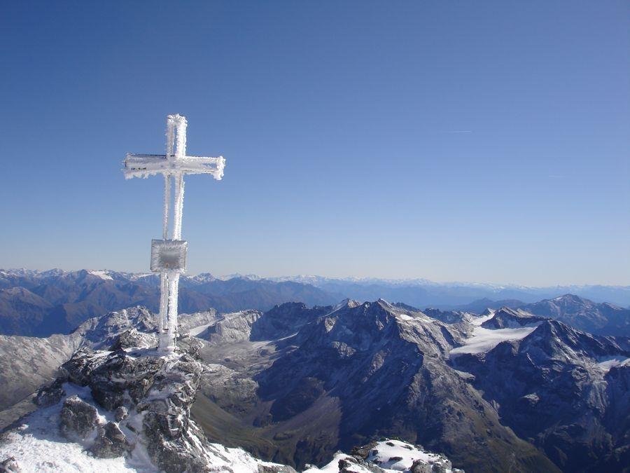 Gipfelkreuz Ortler