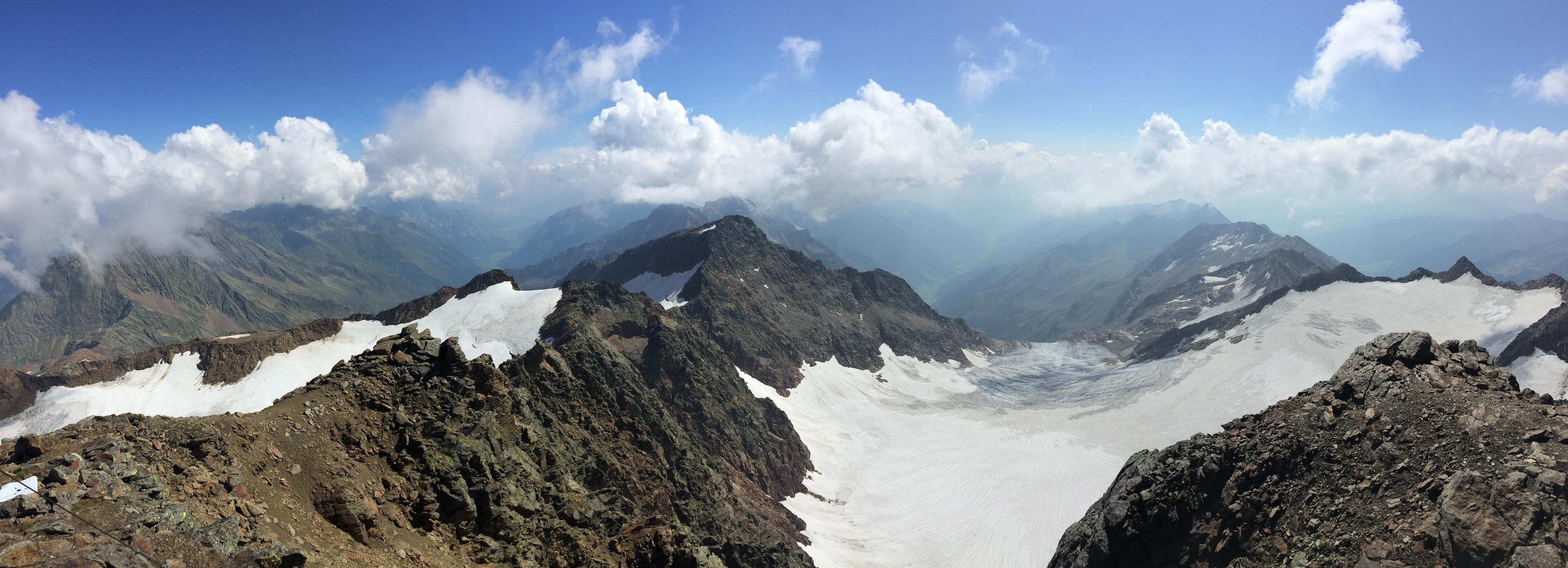 Blick zur Schneespitze